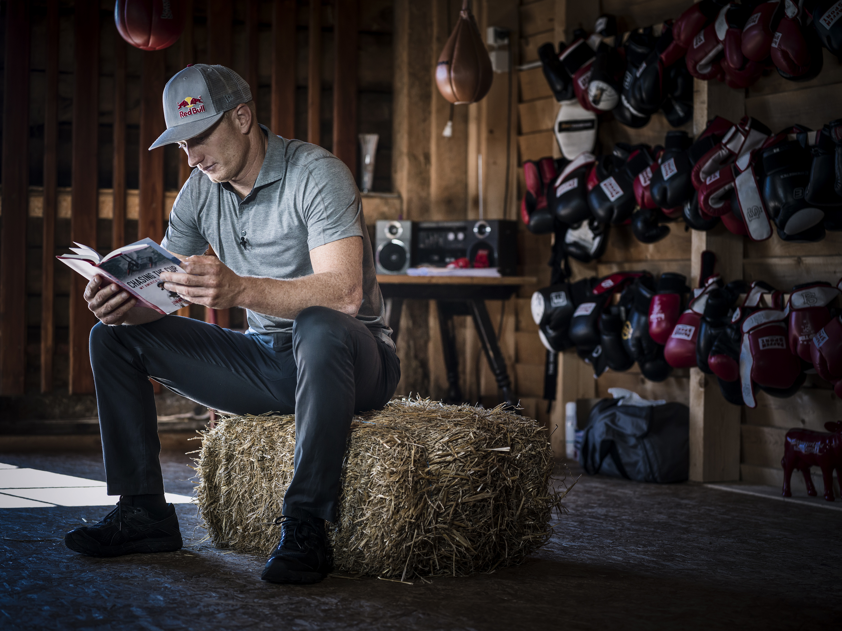 Jimmy Spithill, portrait and book presentation in the King5 resort in Hallein, Salzburg, August 29, 2017. // Martin Steinthaler / Red Bull Content Pool // SI201709190135 // Usage for editorial use only // Please go to www.redbullcontentpool.com for further information. //